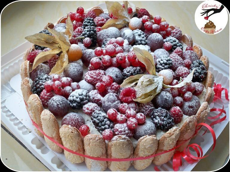 Торт с ягодами в домашних условиях